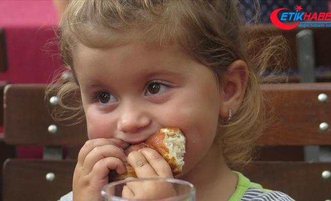 Çocukları 'babaanne usulü' besleyin uyarısı