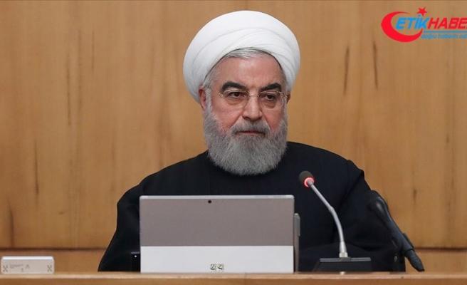 """İran Cumhurbaşkanı Ruhani: """"Halk tarihi sınavdan başı dik çıktı"""""""