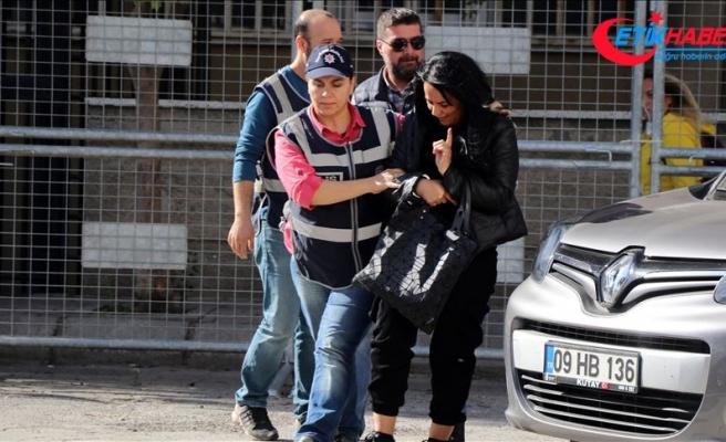 Sanal parayla kazanç vaadiyle dolandırıcılık yaptığı iddia edilen kadın Bursa'da yakalandı