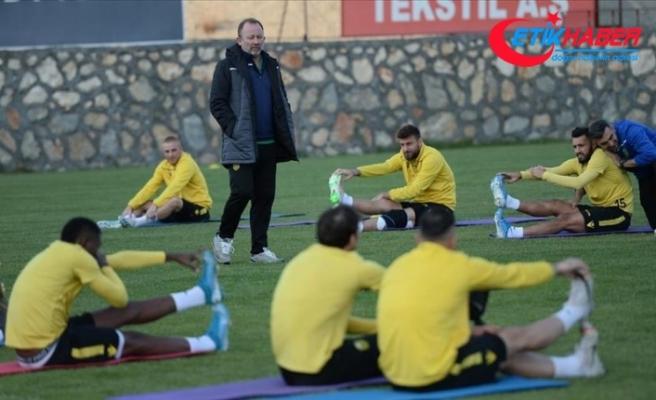Yeni Malatyaspor, deplasmanda Kasımpaşa'yla karşılaşacak