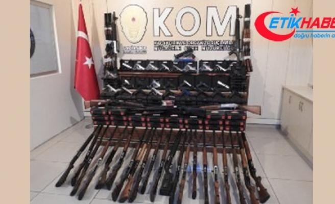 Gaziantep'te av bayilerine 'ruhsatsız silah' operasyonu: 5 gözaltı