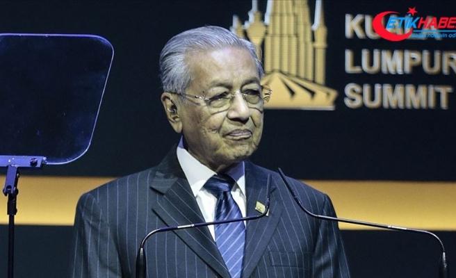 Malezya Başbakanı Mahathir'den Türk savunma sanayisine övgü