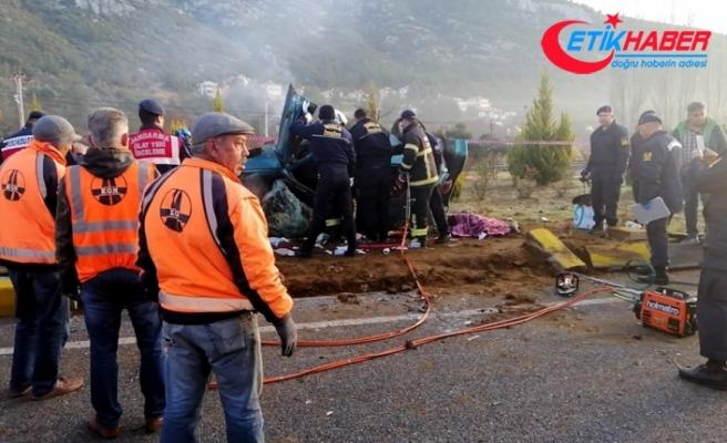 Muğla'da trafik kazası: 2 ölü, 1 yaralı