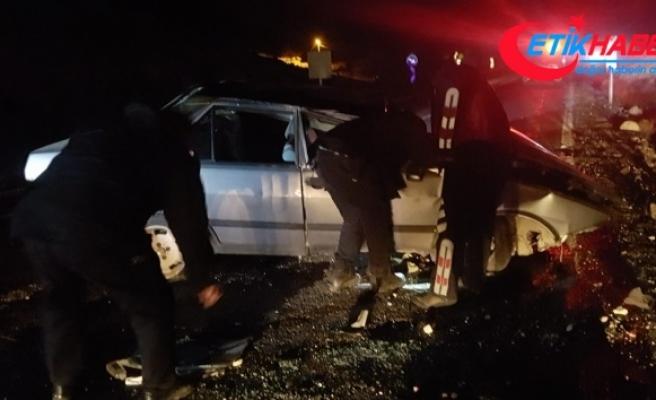 Otomobil devrildi: 1 ölü, 4 yaralı