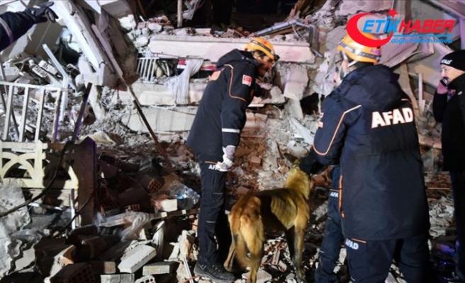 AFAD: 968 arama kurtarma personeli ve 182 araç bölgeye sevk edildi