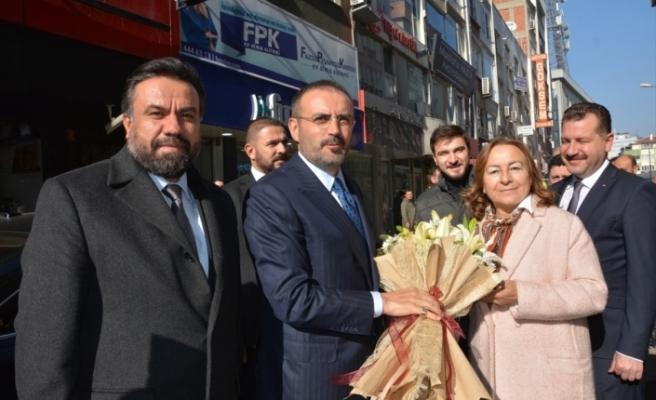 """AK Parti'li Mahir Ünal: """"Irak'ın yabancı güçlerin çatışma alanına dönüşmemesi Türkiye olarak önceliğimiz"""""""