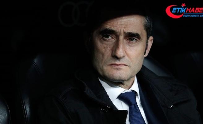 Barcelona Ernesto Valverde'yi görevden aldı