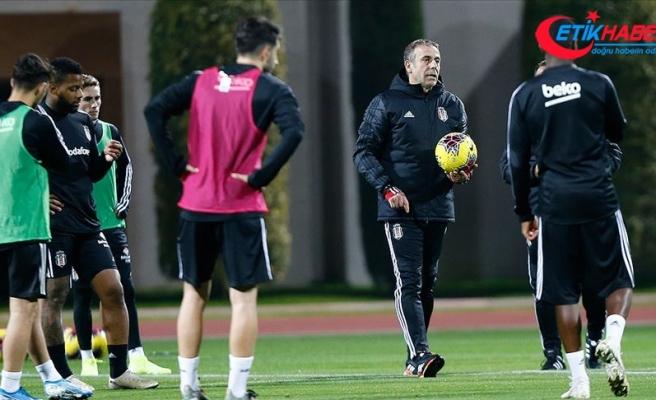 Beşiktaş Teknik Direktörü Avcı: Transfer talebimiz var ama limitler var
