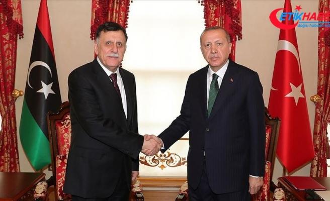Cumhurbaşkanı Erdoğan Libya UMH Başkanlık Konseyi Başkanı Serrac'ı kabul etti