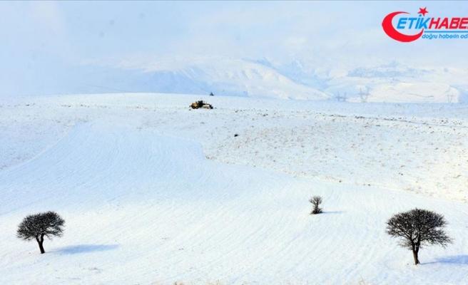 Doğu Anadolu'da üç ilde 179 yerleşim birimine ulaşım sağlanamıyor