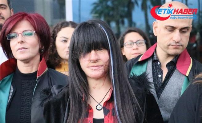 Hatay'da Berfin Özek'in yüzüne asit döken sanığa 12 yıl 18 ay hapis cezası