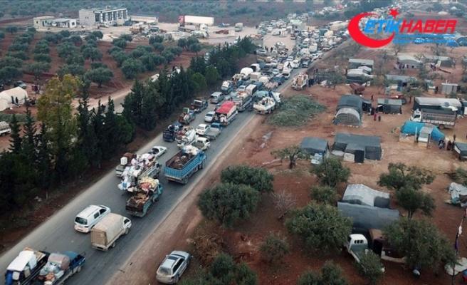 İdlib'den Türkiye sınırına 44 bin sivil daha göç etti