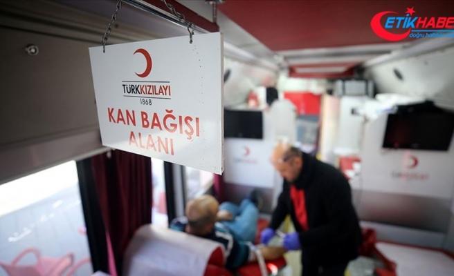 İki milyonu aşkın bağışçı kanlarıyla umut oldu