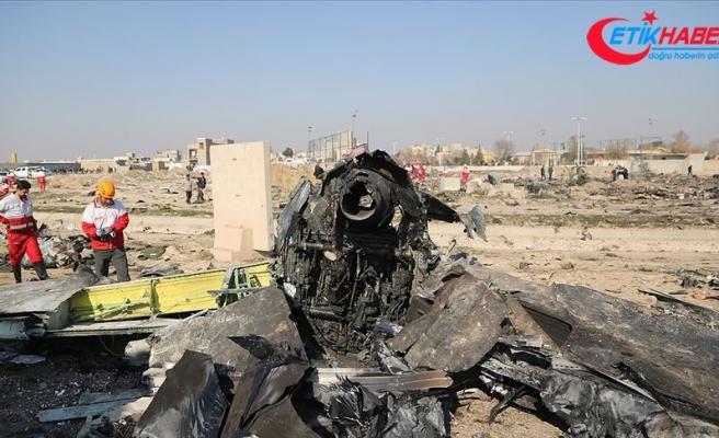 """İran Ukrayna Havayollarına ait uçağı """"yanlışlıkla"""" düşürdüğünü itiraf etti"""
