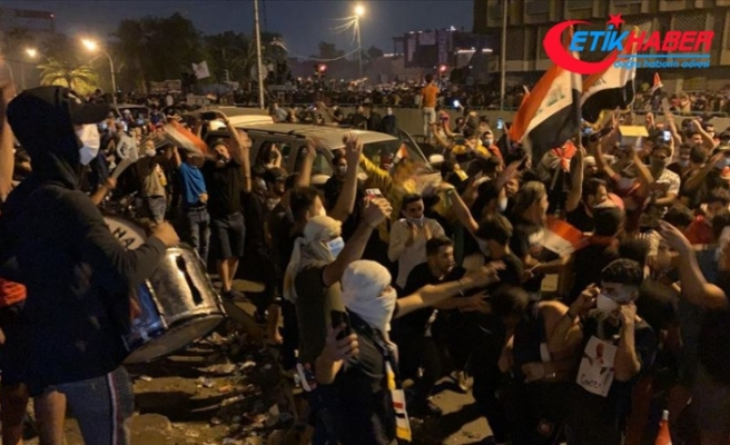 İranlı komutanın öldürülmesinden sonra Bağdat'ta sevinç gösterileri düzenlendi