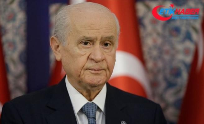MHP Lideri Bahçeli'den, KKTC Cumhurbaşkanı Mustafa Akıncı'ya istifa çağrısı!
