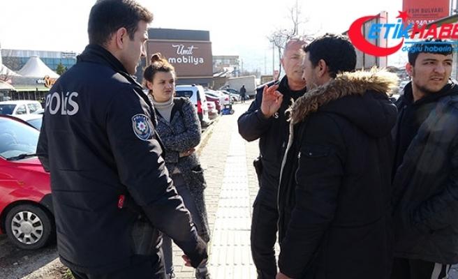Bursa'da ilginç olay...Evden kaçan kızını eve götürmek isterken karakolluk oldu