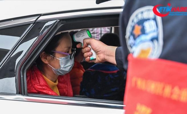 Çin'de yeni tip koronavirüs salgını üst düzey yetkilileri işinden etti