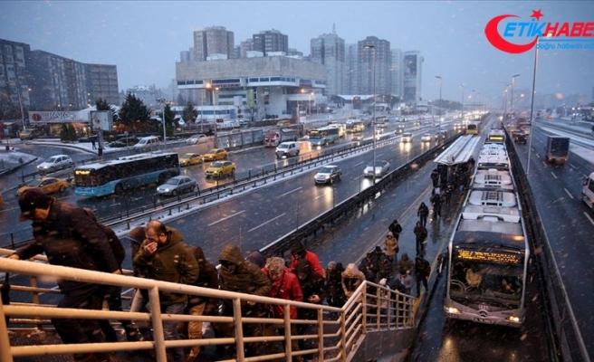 İstanbul'da kar etkisini sürdürüyor