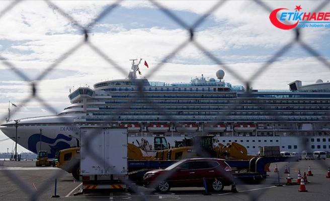 Japonya'da karantina altındaki gemide 44 kişide daha 'Kovid-19' tespit edildi