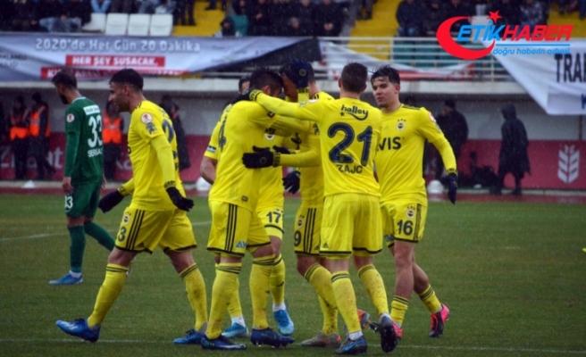 Fenerbahçe kupada yarı final için büyük avantaj yakaladı