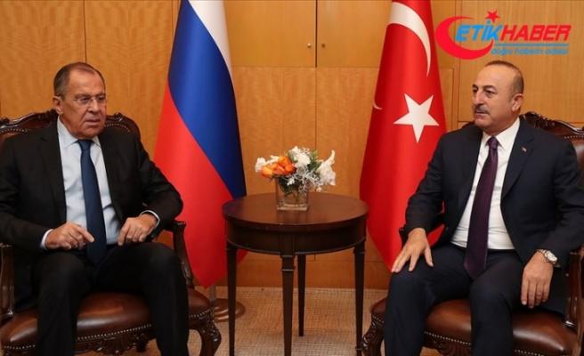 Bakan Çavuşoğlu Rusya Dışişleri Bakanı Lavrov ile telefonda görüştü