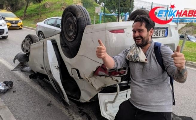 Ehliyetsiz sürücü takla attı, aracını bırakıp kaybolan telefonunu aradı