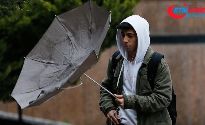 İç Anadolu'da 4 il için kuvvetli rüzgar ve toz fırtınası uyarısı