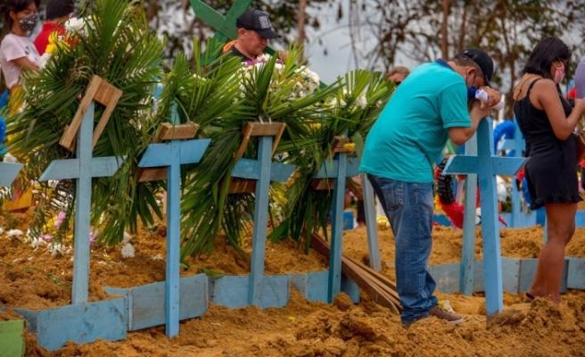 Brezilya'nın en büyük eyaletinde Covid-19 nedeniyle toplu mezar açıldı