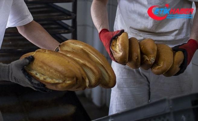 Koronavirüsten korunmak için 'ekmeği 90 derecelik fırında 10 dakika tutun' önerisi
