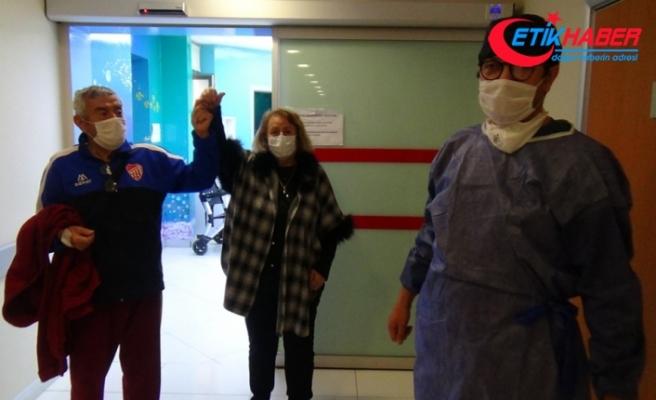Silivri'de yaşlı çift korona virüsü yendi
