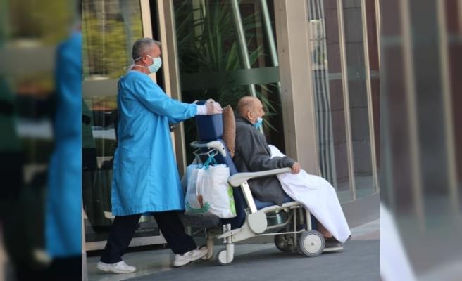 Yaşlı çift, Çin ilacıyla taburcu oldu