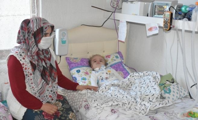 15 aylık Eymen bebek milyonda bir görülen hastalığa yakalandı