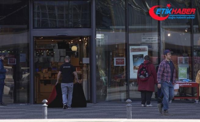 Almanya'da Kovid-19 önlemlerinin gevşetilmesi kapsamında tüm mağazalar açılacak
