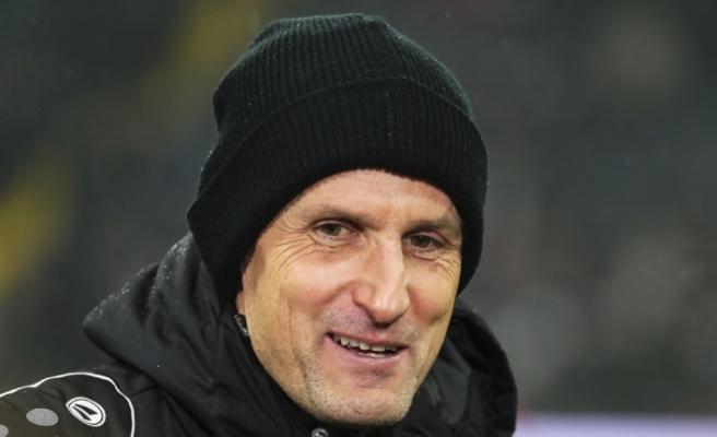 Augsburg Teknik Direktörü Herrlich, diş macunundan dolayı karantinada