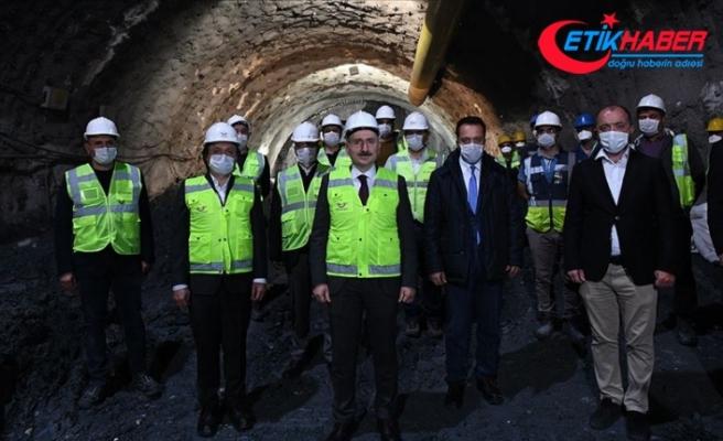 Bakan Karaismailoğlu: Hedefimiz yolcu taşımacılığında demir yolunun payını yüzde 4'e çıkarma