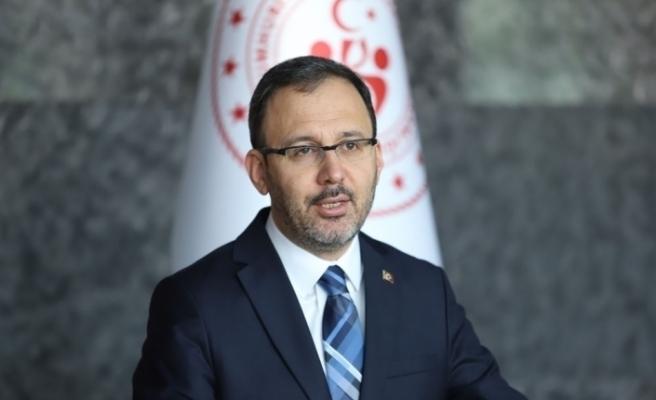 Bakan Kasapoğlu'ndan, Beşiktaş Başkanı Çebi'ye 'geçmiş olsun' telefonu