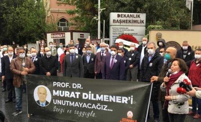 Duayen hoca Prof. Dr. Murat Dilmener İstanbul Tıp Fakültesi önünde anıldı