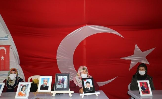 HDP önündeki evlat nöbeti 249'uncu gününde