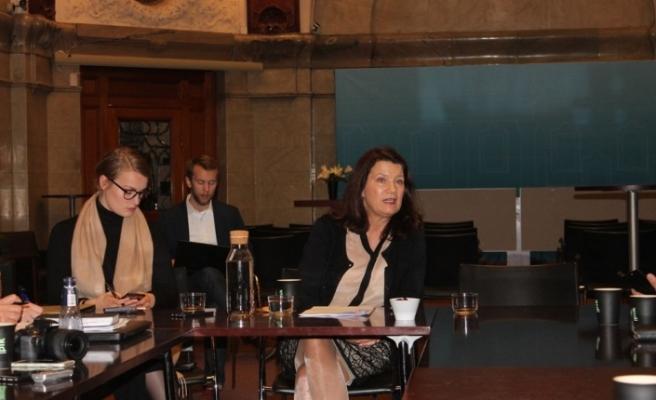 İsveç Dışişleri Bakanı Linde'den tatil uyarısı