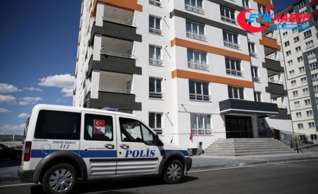 Kayseri'de 52 daireli bina Kovid-19 nedeniyle karantinaya alındı