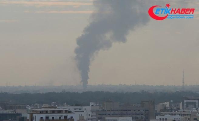 Libya'da Hafter milislerinden başkentin merkezindeki hastane ve çevresine roketli saldırı