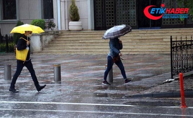 Marmara'nın doğusu ile İstanbul çevrelerinde aralıklı sağanak bekleniyor
