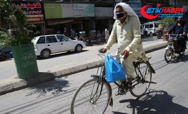 Pakistan'da Kovid-19 vaka sayısı 24 bini geçti