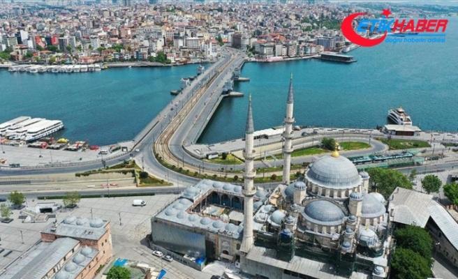 Sokağa çıkma kısıtlamasının ilk gününde İstanbul sessizliğe büründü