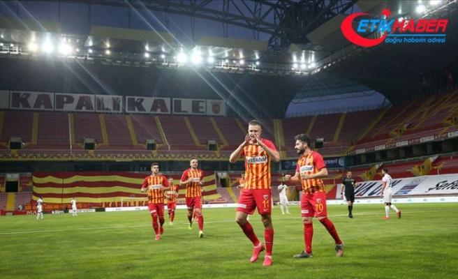 12 hafta sonra 'dipten' çıkan Kayserispor'da umutlar yeşerdi