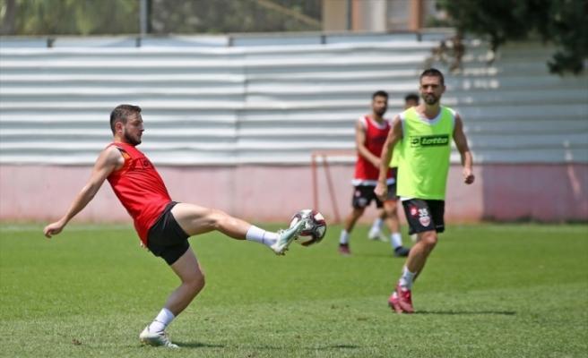Adanaspor'un genç futbolcuları, düşme hattından kurtulma umutlarını kaybetmedi