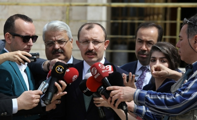 """AK Parti Grup Başkanvekili Mehmet Muş, """"Erken seçimle alakalı gündemimiz bulunmamaktadır''"""