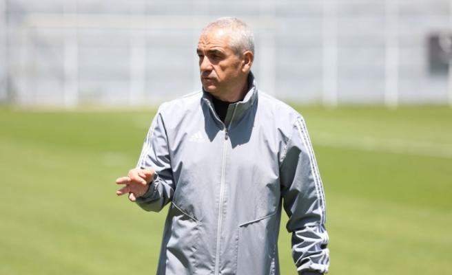 Sivasspor Teknik Direktörü Çalımbay'dan fikstür tepkisi