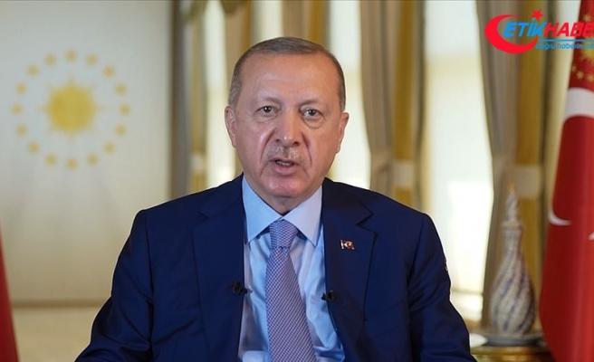 Cumhurbaşkanı Erdoğan: Irk, din, dil, etnik köken ayrımı yapmadan herkese kucak açtık